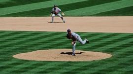 松脂(まつやに)を野球のボールに塗るとどうなる?