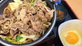 アツアツうまい!吉野家・牛すき鍋膳のおすすめ食べ方